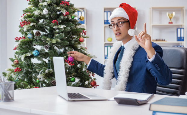 festejo navideño oficina a la distancia